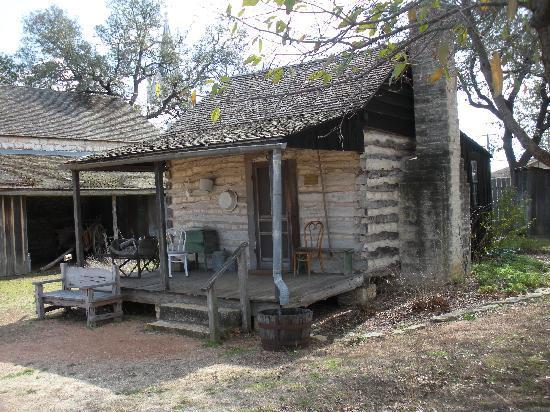 Log cabin for Cabins near fredericksburg tx